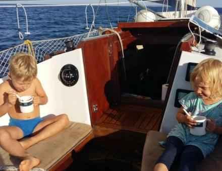 16. dan Premuda - Susak Mlada mornarja imata zajtrk